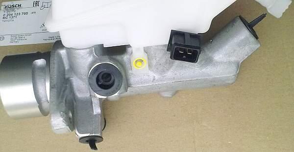 Главный тормозной цилиндр BOSCH 0 204 123 705 - изображение 5