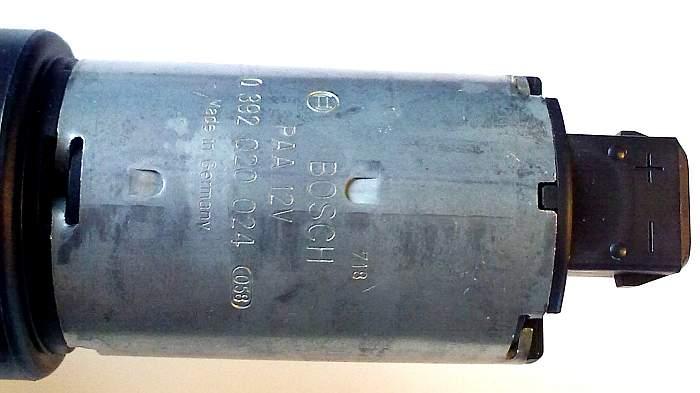 Помпа BOSCH 0392020024 дополнительная с магнитным приводом 12V 500л/ч - изображение 1
