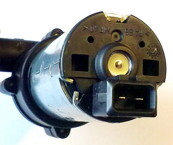 Помпа BOSCH 0392020024 дополнительная с магнитным приводом 12V 500л/ч - изображение 2