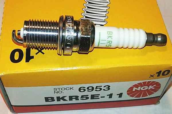 Свеча зажигания NGK BKR5E-11 / 6953 - изображение 1