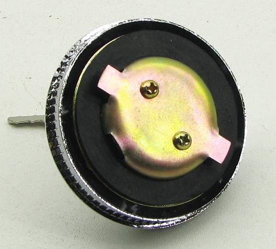 Крышка бензобака Волга с ключом металл, хром - изображение 2