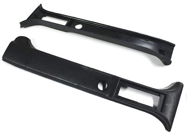 Облицовка средней стойки салона ВАЗ 2121 верхняя (комплект лев.+прав.) ПЛАСТИК (21213-5004070-71) - изображение