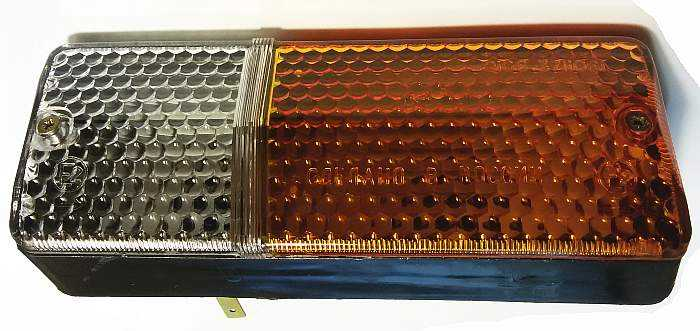 Подфарник ВАЗ-2103, 2106, 2121 Нива комплект левый + правый (2103-3712011) - изображение 1
