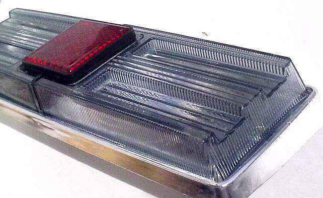 Фонари задние ВАЗ 21011 тюнинг белые дымчатые (комплект 2шт) - изображение 2