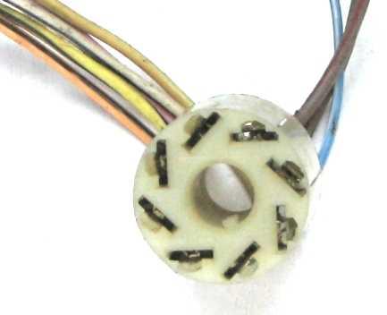 Разъем кнопки аварийной сигнализации ВАЗ 2106 (AX-369-1) - изображение 1