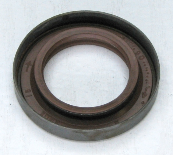 Сальник привода ВАЗ 2108-21099, 2113-2115, ОКА, левый, БРТ (2108-2301035) - изображение