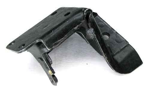 Кронштейн двигателя ВАЗ 2121 правый (2121-1001012) - изображение 1