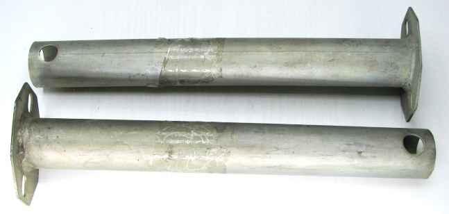 Кронштейны заднего бампера ВАЗ 2121, ДААЗ (2121-2803018) - изображение