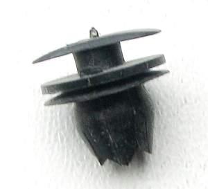 Пистон/клипса К134 обивки дверей ВАЗ 2105, 2107, 2121 г.Сызрань (2121-6102053) - изображение