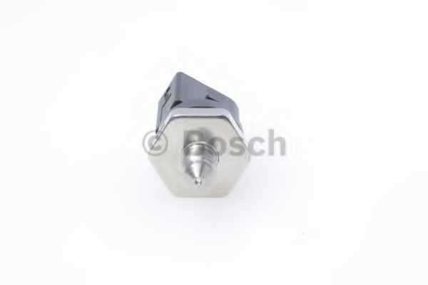 Датчик давления подачи топлива BOSCH 0 261 230 392 - изображение 3