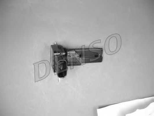 Расходомер воздуха DENSO DMA-0110 - изображение 2