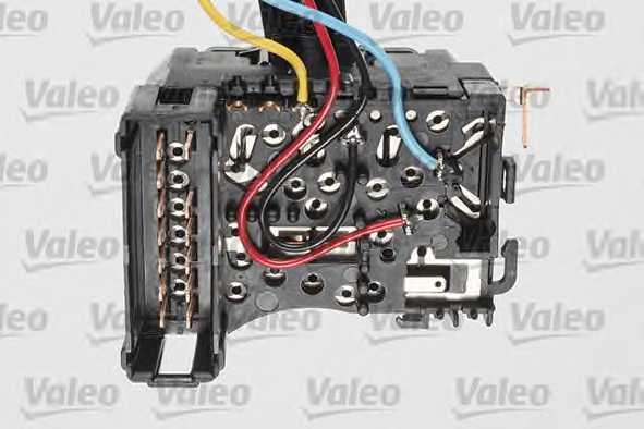 Выключатель на колонке рулевого управления VALEO 251605 - изображение 1